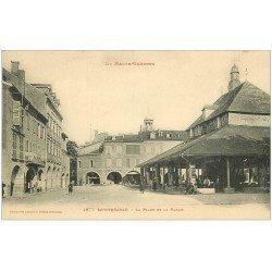 carte postale ancienne 31 MONTREJEAU. La Halle et Place. Café Sarraouigne