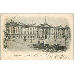 carte postale ancienne 31 TOULOUSE. Capitole et attelages fiacres 1903