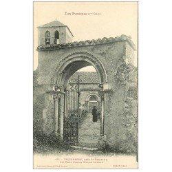 carte postale ancienne 31 VALCABRERE. Deux Portes Eglise Saint-Just