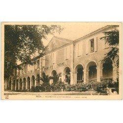 carte postale ancienne 32 BARBOTAN. Grand Hôtel des Thermes petite animation