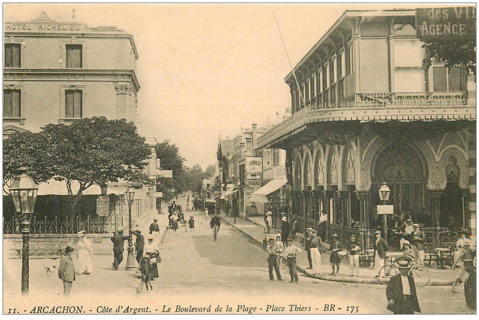 carte postale ancienne 33 ARCACHON. Boulevard de la Plage Place Thiers