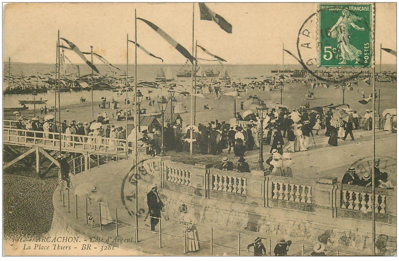 carte postale ancienne 33 ARCACHON. Place Thiers 1912