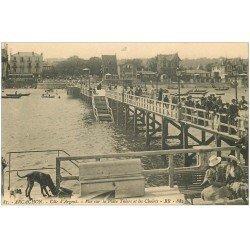 carte postale ancienne 33 ARCACHON. Place Thiers et Chalets. Jetée