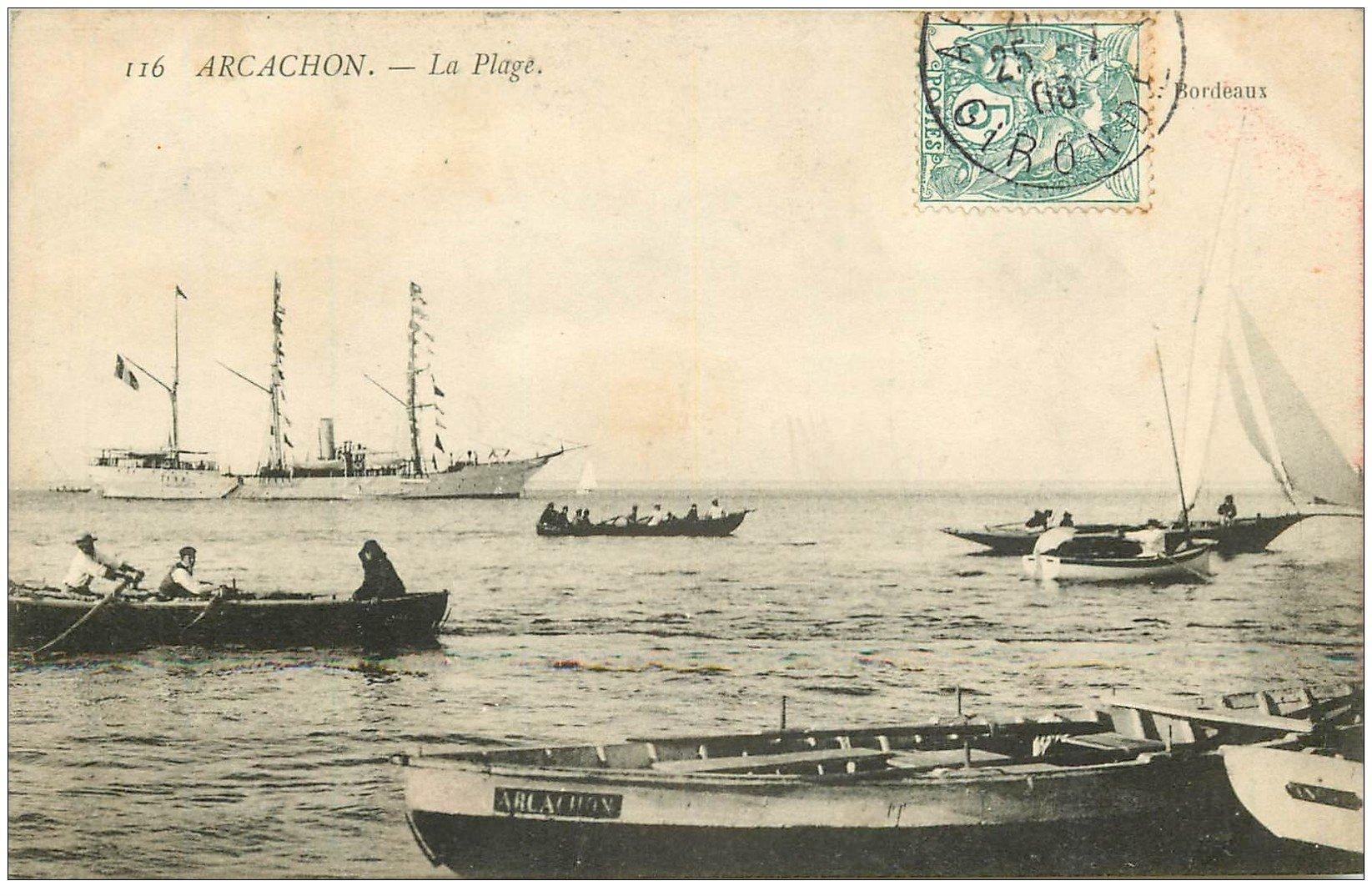carte postale ancienne 33 ARCACHON. Plage et barques 1906
