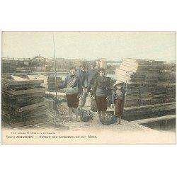 carte postale ancienne 33 ARCACHON. Retour des Parqueurs d'Huîtres du Cap Féret