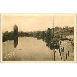 carte postale ancienne 33 LIBOURNE. Bateau Péniche bords de l'Isle