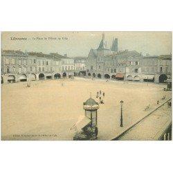 carte postale ancienne 33 LIBOURNE. Place Hôtel de Ville Colonnes Morice Café Baron et National