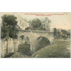 carte postale ancienne 33 SAINT-EMILION. Pont Levis Palais Cardinal enfant assis
