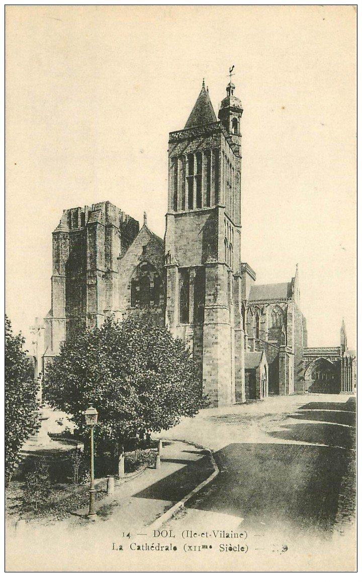 carte postale ancienne 35 DOL. Cathédrale n°14