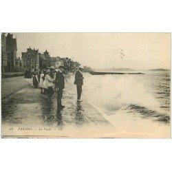 carte postale ancienne 35 PARAME. La Digue 1918
