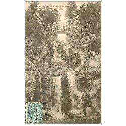 carte postale ancienne 35 RENNES. Cascade Passerelle animation 1906