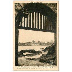 carte postale ancienne 35 SAINT-MALO. Portail Fort. Plage Eventail
