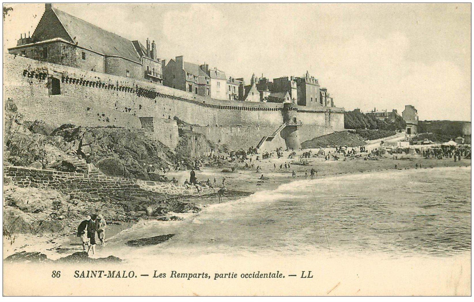 carte postale ancienne 35 SAINT-MALO. Remparts 1927
