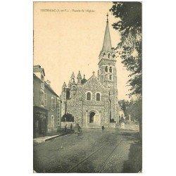 carte postale ancienne 35 TINTENIAC. Eglise et Charcutier 1921