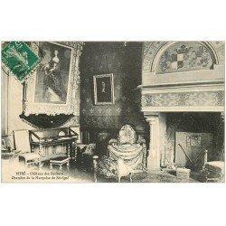 carte postale ancienne 35 VITRE. Marquise Sévigné Château des Rochers 1912