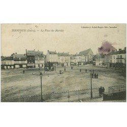 carte postale ancienne 36 ISSOUDUN. Place des Marché 1915