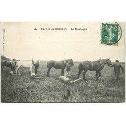 carte postale ancienne 36 Scènes du BERRY. Le Roulage du Foin par Chevaux 1907