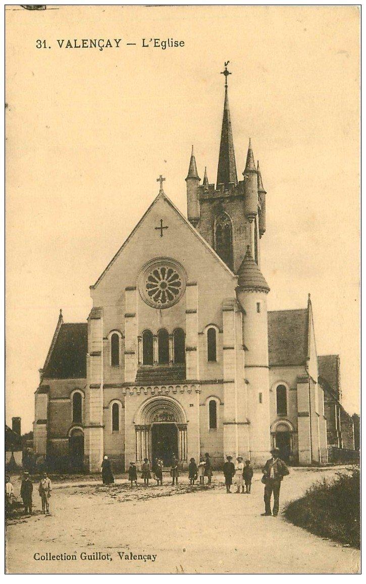 carte postale ancienne 36 VALENCAY. L'Eglise animée