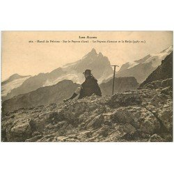 carte postale ancienne 05 MASSIF DU PELVOUX. Alpiniste sur le Peyron d'aval et d'amont