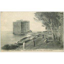 carte postale ancienne 06 CANNES. ILES LERINS. Vieux Château Saint-Honorat