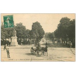 carte postale ancienne 37 TOURS. Avenue Grammont 1910 Statue Balzac