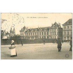 carte postale ancienne 37 TOURS. Ecole du Musée 1905