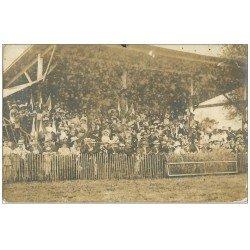 carte postale ancienne 37 TOURS. Hippodrome Saint-Avertin. Les Tribunes. Carte Photographie Charrouin 16 Bd Thiers