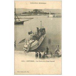 carte postale ancienne 06 ANTIBES. Port et Fort Carré. Navire de Guerre