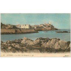 carte postale ancienne 06 ANTIBES. Ville et Les Remparts 1915