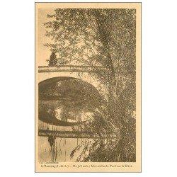 carte postale ancienne 37 VOUVRAY. Arche du Pont