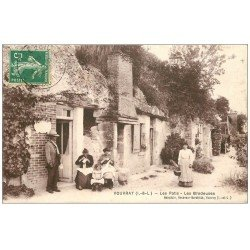 carte postale ancienne 37 VOUVRAY. Brodeuses les Patis 1908