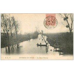 carte postale ancienne 37 VOUVRAY. Passeur en barque sur la Cisse 1905