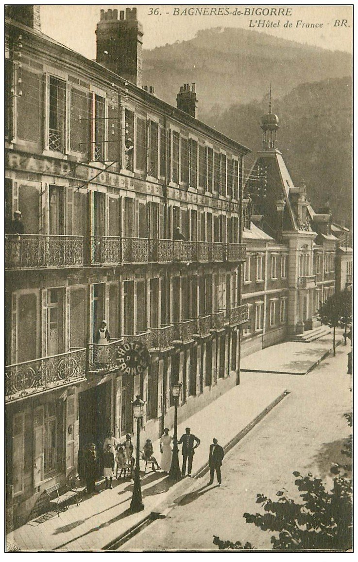 65 bagneres de bigorre h tel de france for Carte de france hotel