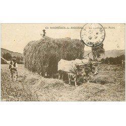 carte postale ancienne 65 BAGNERES-DE-BIGORRE. La rentrée des Foins attelage de Boeufs 1923