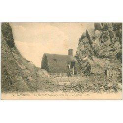 carte postale ancienne 65 GAVARNIE. Le Refuge à la Brêche de Tuquerouye. Alpinistes Grimpeurs