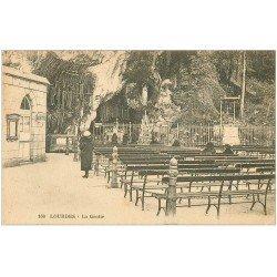 carte postale ancienne 65 LOURDES. La Grotte 1930 n°160