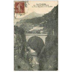 carte postale ancienne 65 LUZ-SAINT-SAUVEUR. Pont Napoléon et Gouffre 1923