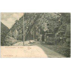 carte postale ancienne 65 LUZ-SAINT-SAUVEUR. Train Tramway entrée du Tunnel 1904