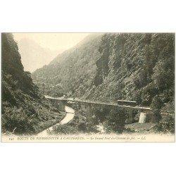 carte postale ancienne 65 ROUTE DE PIERREFITTE à CAUTERETS. Tram Granfd Pont Chemin de Fer
