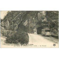 carte postale ancienne 65 ROUTE DE PIERREFITTE à LUZ-SAINT-SAUVEUR. Le Tunnel avec Tramway
