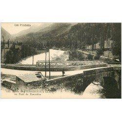 carte postale ancienne 65 ROUTE DE PIERREFITTE à LUZ-SAINT-SAUVEUR. Pont de Pescadère