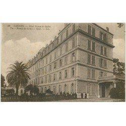 carte postale ancienne 06 CANNES. Hôtel du Prince de Galles 88 avec personnel