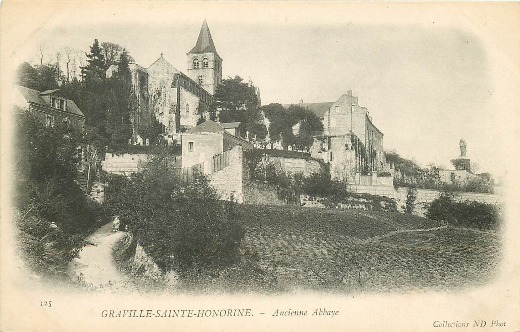 carte postale ancienne 76 GRAVILLE-SAINTE-HONORINE. Ancienne Abbaye vers 1900