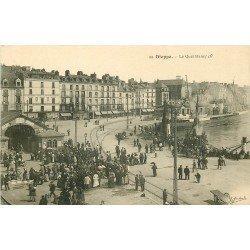 carte postale ancienne 76 DIEPPE. Le Quai Henri IV Gare Maritime