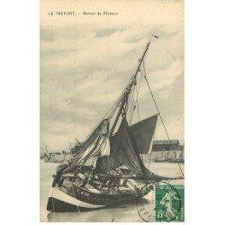 carte postale ancienne 76 LE TREPORT. Barque de Pêcheur 1911