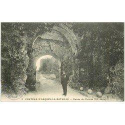 carte postale ancienne 76 ARQUES-LA-BATAILLE. Château Gardien à l'Entrée