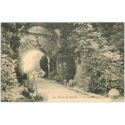 carte postale ancienne 76 ARQUES-LA-BATAILLE. Château intérieur 757