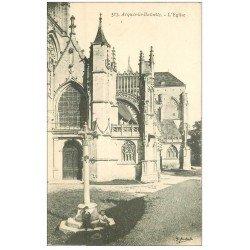 carte postale ancienne 76 ARQUES-LA-BATAILLE. Eglise et enfants assis sur Calvaire