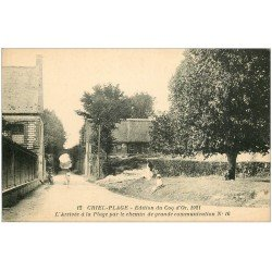 carte postale ancienne 76 CRIEL-SUR-MER. Chemin de grande communication animation