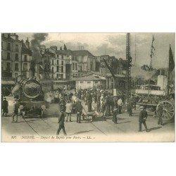 carte postale ancienne 76 DIEPPE. Départ du Rapide pour Paris et du Navire de Newhaven. Train Locomotive et Bateau